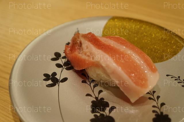 トロの寿司