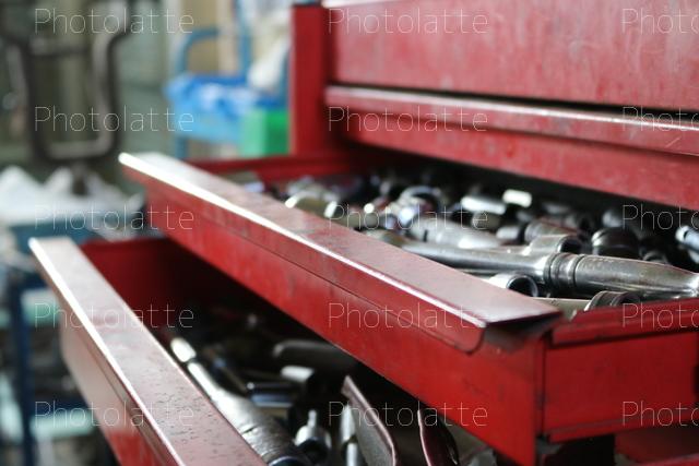 工具のキャビネット